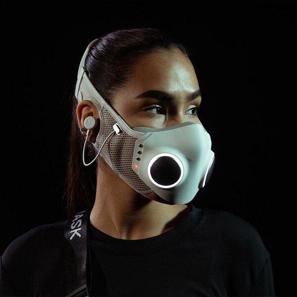 High-Tech mask audio